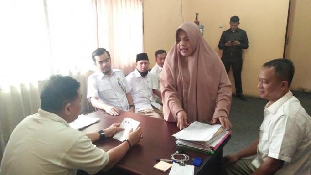 Rombongan Fraksi Gerindra DPRD Pekanbaru Lakukan Sidak di UPT Kecamatan Tampan
